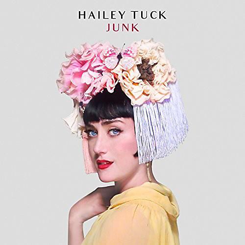 Alliance Hailey Tuck - Junk