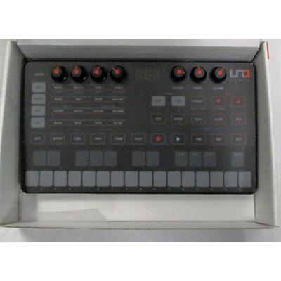 IK Multimedia IK000104 UNO SYNTH Synthesizer