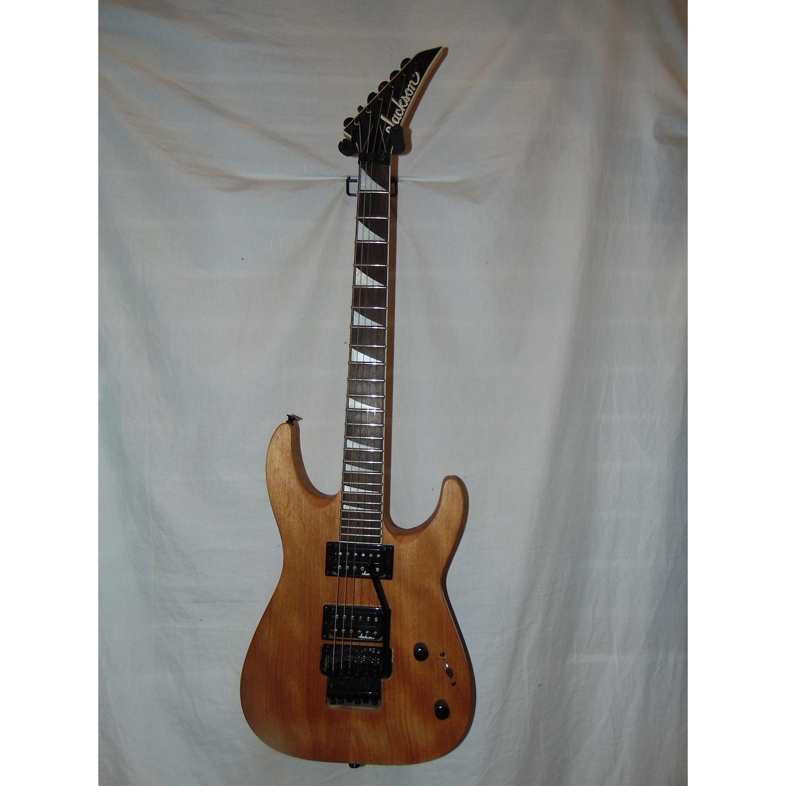 Jackson JS32R Dinky Floyd Rose Solid Body Electric Guitar