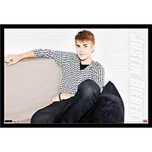 Justin Bieber - Chillin Poster Framed Black