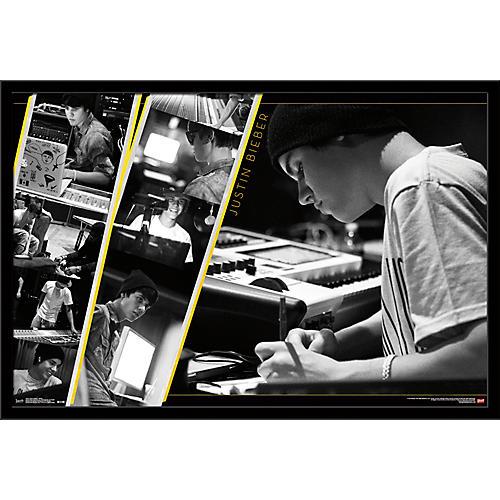 Trends International Justin Bieber - Studio Poster Framed Black
