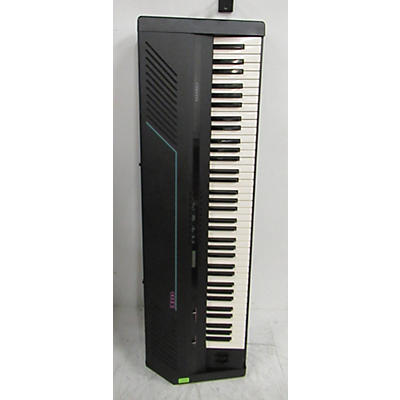 Kurzweil K1000 Synthesizer