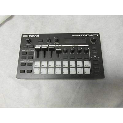 Roland MC-101 GROOVEBOX MIDI Controller
