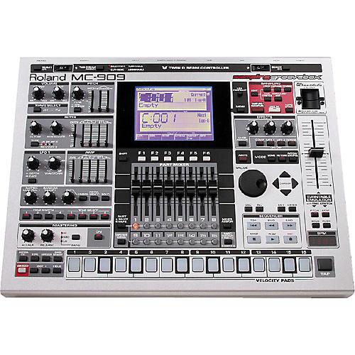 Roland MC-909 Sampling Groove Box