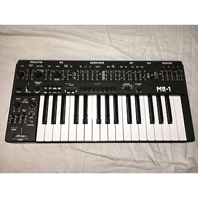Behringer MS101 Synthesizer
