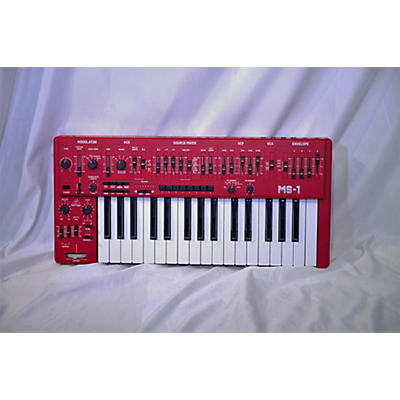 Behringer MS1RD Synthesizer
