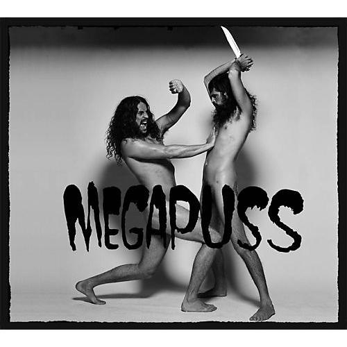 Alliance Megapuss - Surfing