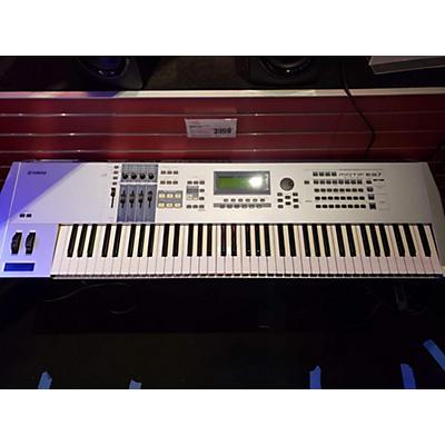 Yamaha Motif ES7 76 Key Keyboard Workstation