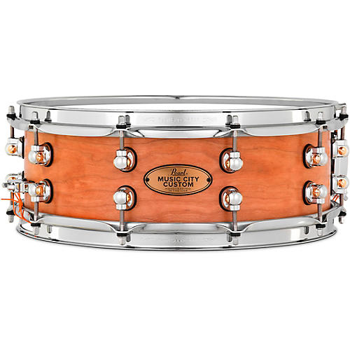 Pearl Music City Custom Solid Shell Snare Cherry in Hand-Rubbed Natural Finish 14 x 5 in.