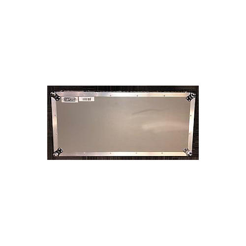 Pedaltrain Novo 32 Whelled Tour Case Pedal Board