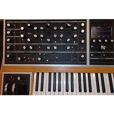 Moog One Polyphonic Analog Synthesizer 16 Voice Synthesizer