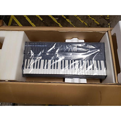 Kurzweil PC3 LE6 61 Key Keyboard Workstation