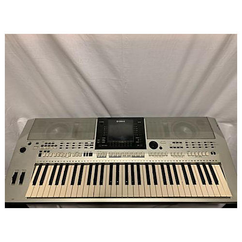 PSRS900 61 Key Arranger Keyboard