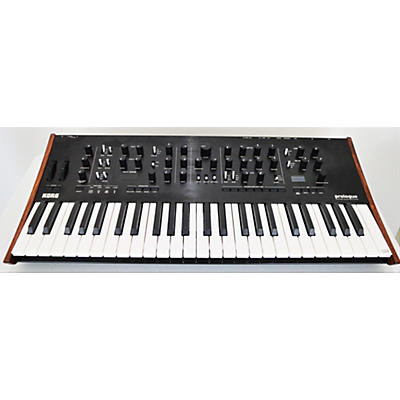 Korg Prologue 8 Synthesizer