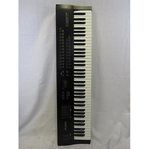 Alesis QS7 Synthesizer