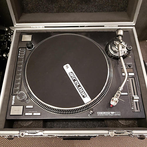 RP8000 Turntable
