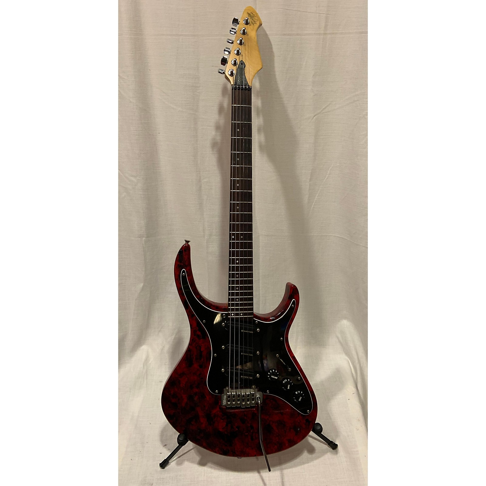 Hohner Revelation Solid Body Electric Guitar