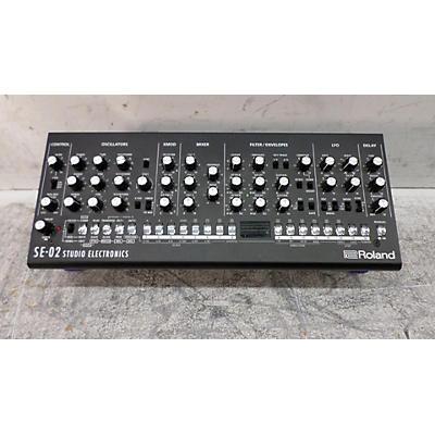 Roland SE-02 Synthesizer
