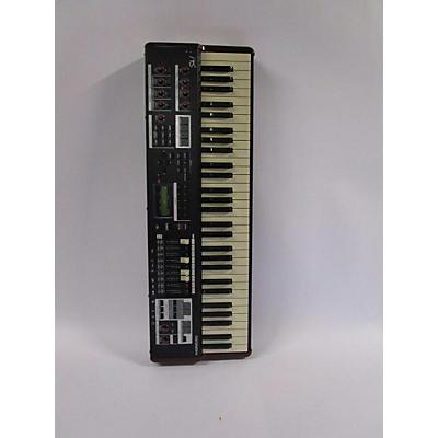 Hammond SK1 Organ
