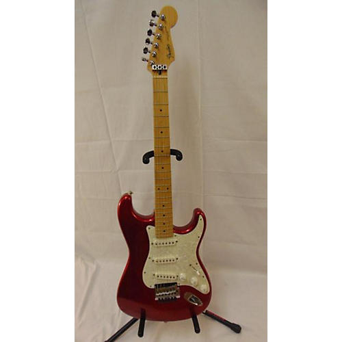 Fender STRAT Solid Body Electric Guitar Candy Apple Red