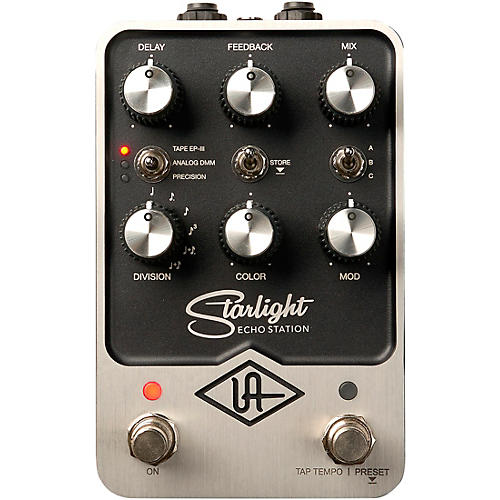 Universal Audio Starlight Echo Station Effects Pedal Black
