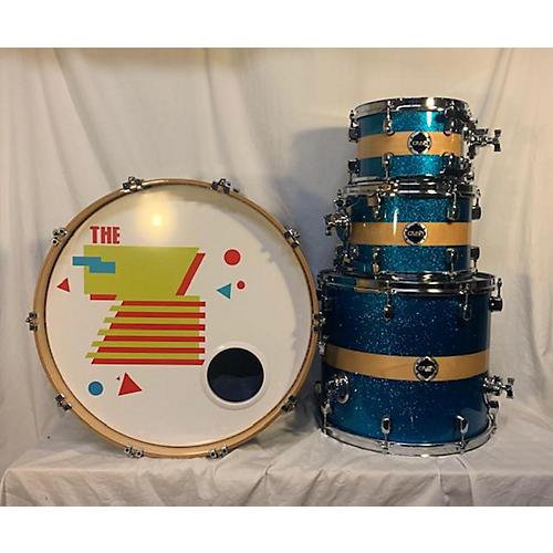 Crush Drums & Percussion Sublime Series Birch Drum Kit Sparkle Blue w/ Natural Stripe