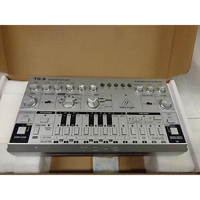 Behringer TD-3 Synthesizer