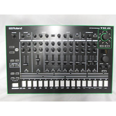 Roland TR-8 Rhythm Performer Production Controller