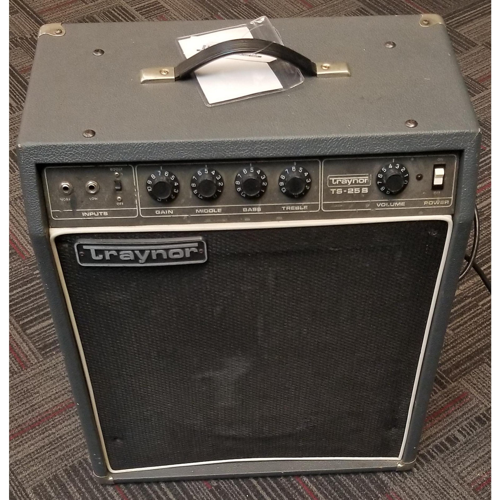 Used Traynor TS-25B Bass Combo Amp | Musicians Friend