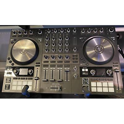 Native Instruments Traktor Kontrol S4 MKIII DJ Controller