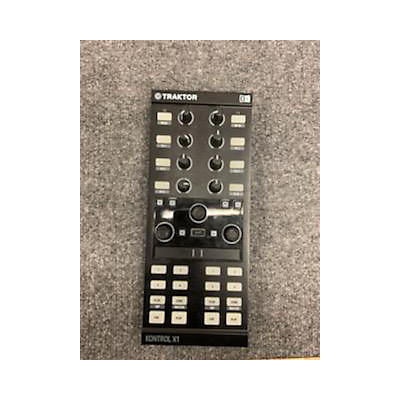 Native Instruments Traktor Kontrol X1 DJ Mixer
