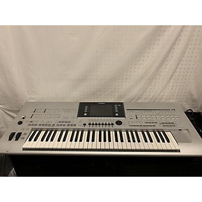 Yamaha Tyros4 61 Key Arranger Keyboard