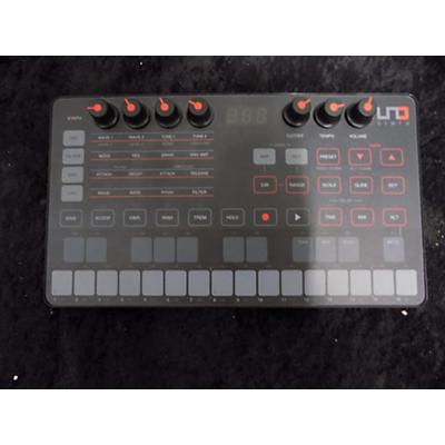IK Multimedia UNO SYTH Synthesizer