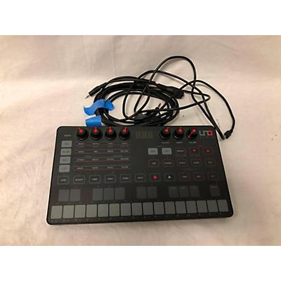 IK Multimedia Uno Synth Synthesizer Synthesizer