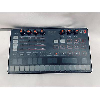 IK Multimedia Uno Synthesizer