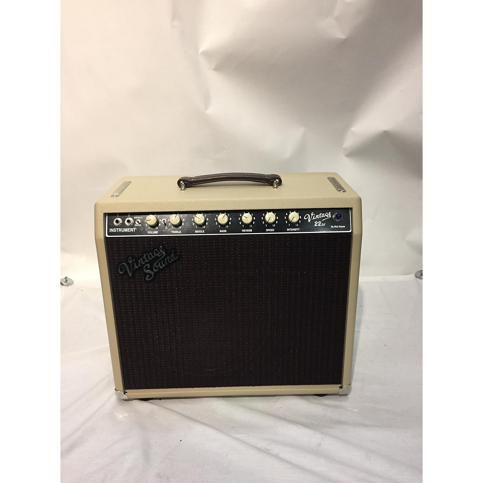 In Store Used Used 2019 Vintage Sound Vintage 22 Sc Tube Guitar Combo Amp