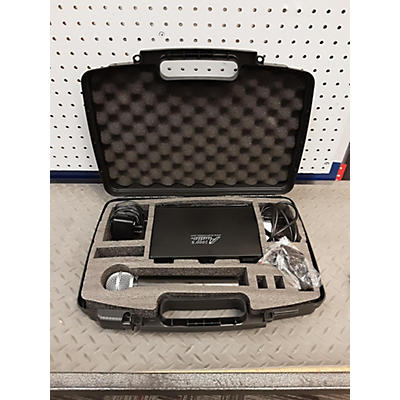 Used Audio 2000's AWR6031 Wireless Microphone System Handheld Wireless System
