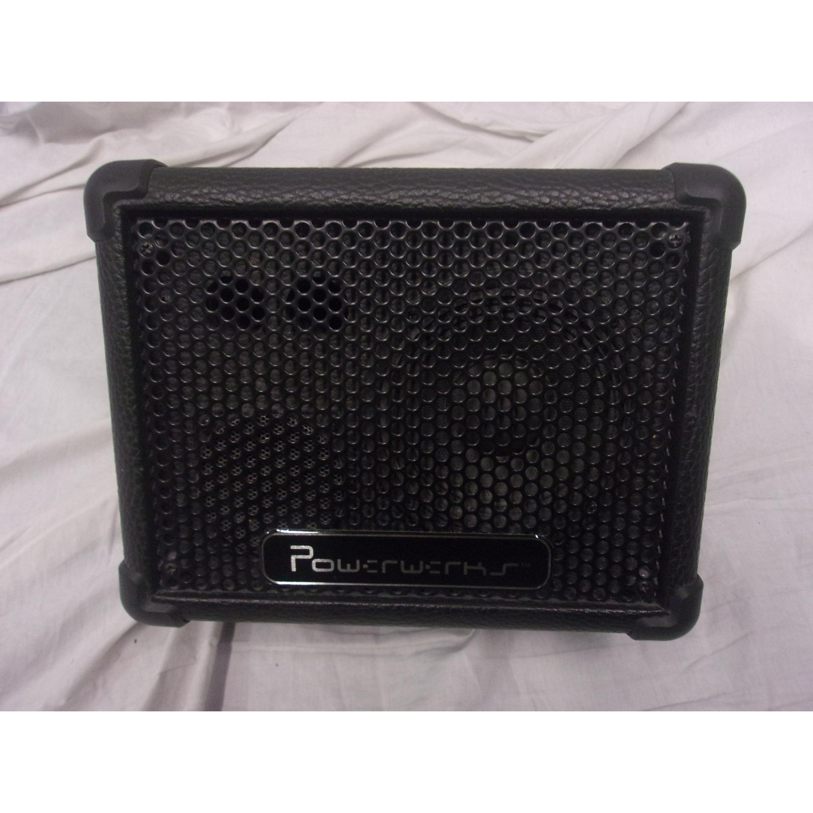 In Store Used Used POWERWERKS PW4P Battery Powered Amp