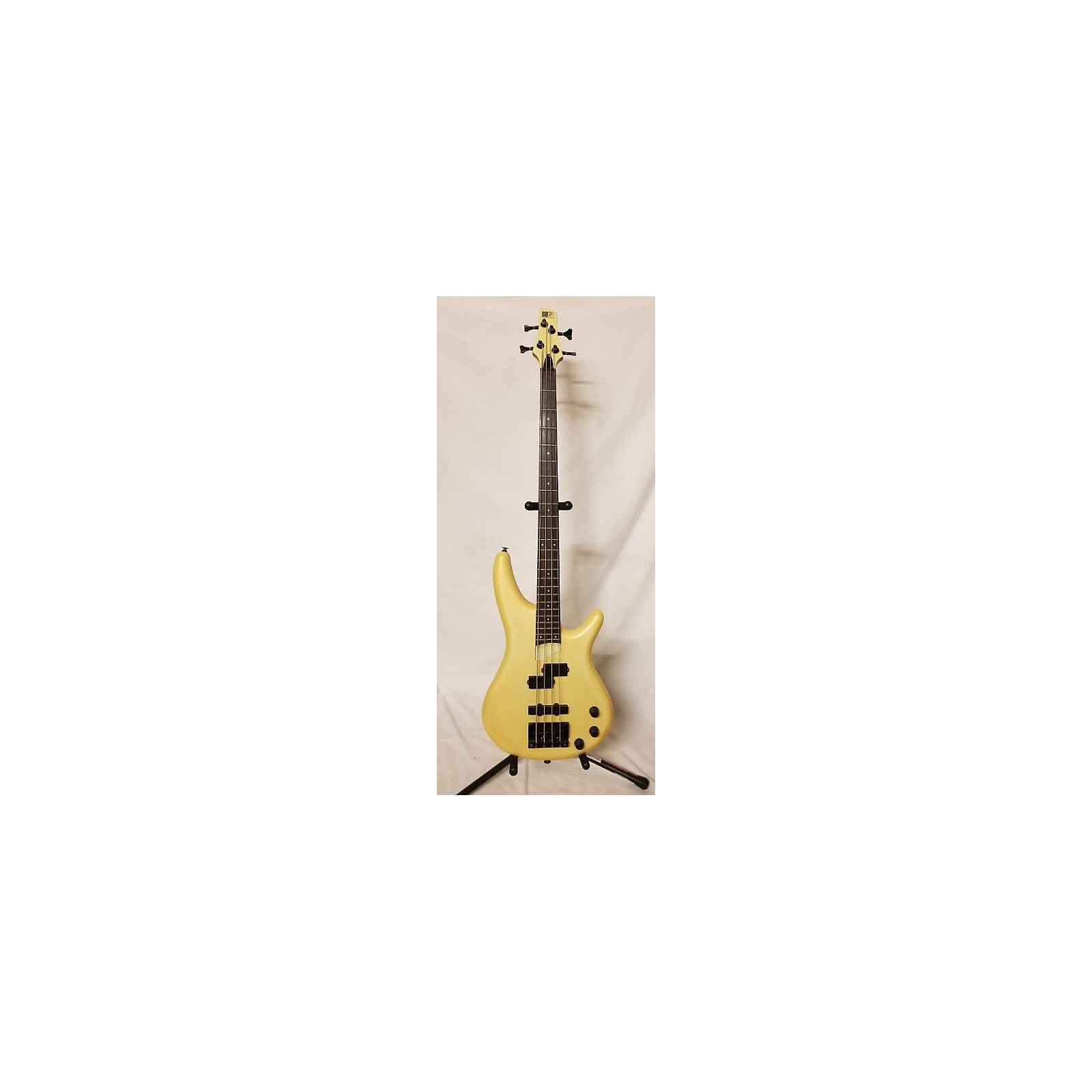 In Store Used Used SOUND GEAR SR600 Yellow Electric Bass Guitar