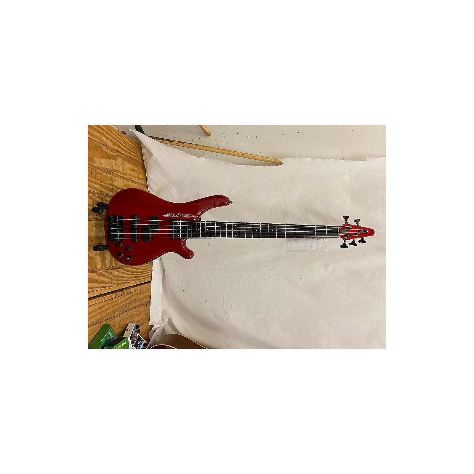 In Store Used Used Tune Bass Maniac Red Electric Bass Guitar