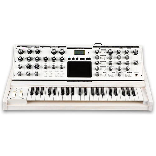 Moog Voyager Performer Edition Synthesizer
